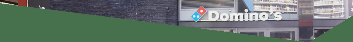 Gevel van Dominos op de Luifelbaan in Leiden